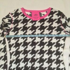 Victoria's Secret Tops - Victoria's Secret cotton thermal houndstooth top